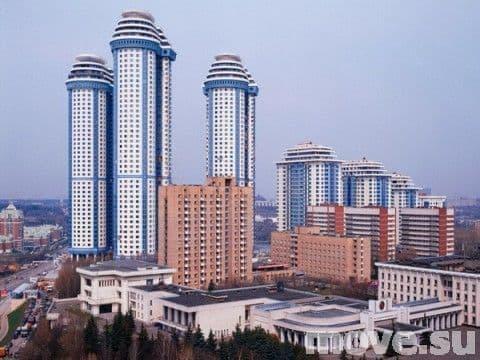 ...этажа! :) По ходу самые высокие дома в Москве!  Жк Воробьевы Горы.