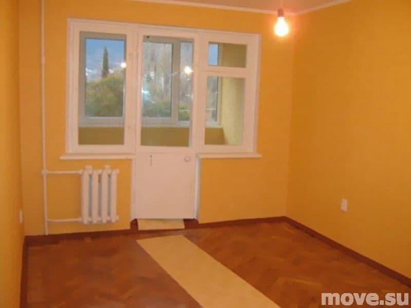 Продается 2-х комнатная квартира хрущевка в Ялте по ул. Дзержинского
