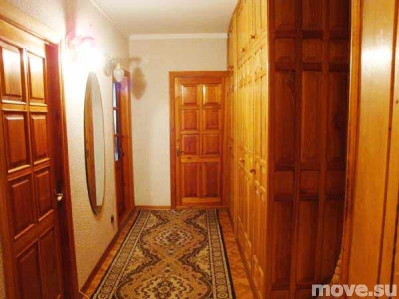 Продам квартиру в Ильичевске.