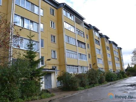 Продается 3-комнатная квартира, 68 м², Вязьма, Нахимова переулок, 1