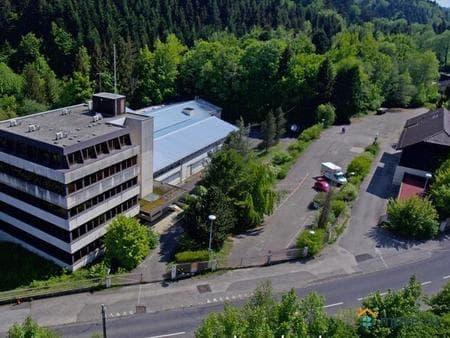 Продаю помещение свободного назначения, 8400 м², Лозанна, Лозанна