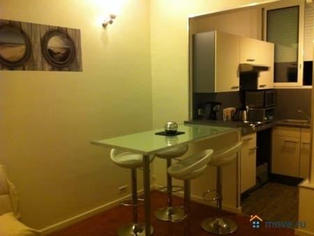 Продаем 4-комнатную квартиру, 71 м², Ницца, Ницца