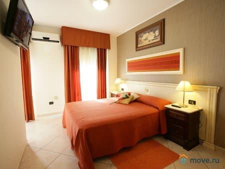 Продаем гостиницу, 600 м², Козенца, Катандзаро