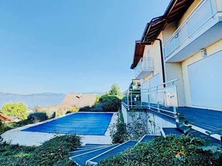 Продам виллу, 155 м², 15 соток, Divonne-les-Bains, Эвиан ле Бан