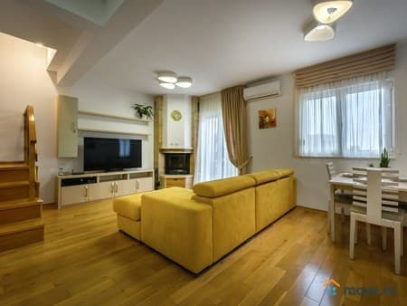 Продаю 3-комнатную квартиру, 90 м², Будва, Будва