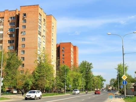 Продам 4-комнатную квартиру, 104 м², Пенза, улица Урицкого, 16