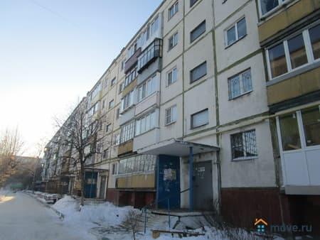 Продажа 2-комнатной квартиры, 46 м², Курган, улица Анфиногенова, 5