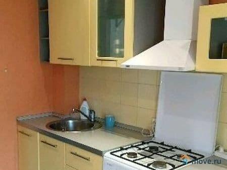 Сдается 2-комнатная квартира, 56 м², Москва, Фортунатовская ул., 15