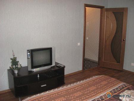 Аренда комнаты, 16 м², Красноярск, проспект Свободный, 43