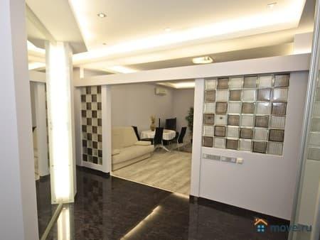 Продается 3-комнатная квартира, 66 м², Москва, Винокурова улица, 9