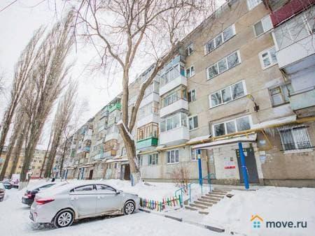 Продам 1-комнатную квартиру, 28 м², Саратов, улица Огородная, 91г