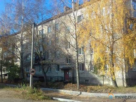 Продаю 3-комнатную квартиру, 63 м², Лахденпохья, Советская