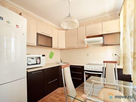 Сдам 1-комнатную квартиру, 38 м², Псков, улица Инженерная, 62