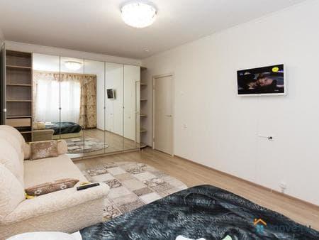 Сдаем 1-комнатную квартиру, 38 м², Мичуринск, улица Полтавская, 50