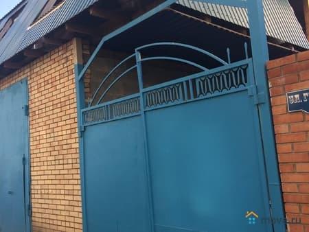 Продаем дом, 184 м², 4.5 сотки, Омск, улица Гражданская