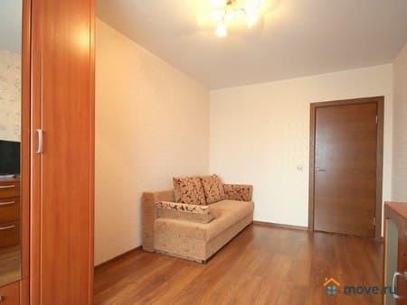 Сдаю 1-комнатную квартиру, 40 м², Владивосток, улица Прапорщика Комарова, 29