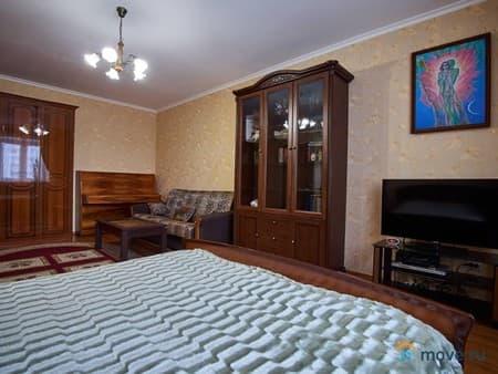 Сдам 1-комнатную квартиру, 54 м², Нальчик, улица Кабардинская, 204