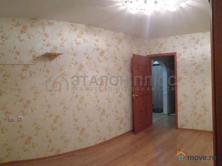 Продам 2-комнатную квартиру, 52 м², Ухта, сидорова, 3