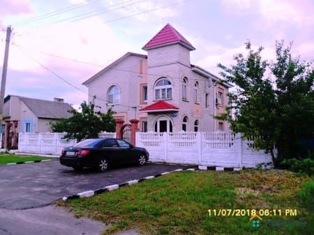 Продам коттедж, 246 м², 11 соток, Южно-Сахалинск, Хабаровская улица, 44