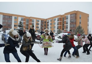 В Образцовом квартале проводили зиму!