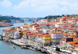 Иностранцы активизировались на португальских курортах