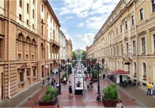 На пешеходных улицах столицы более чем наполовину сократилось число продаваемых квартир