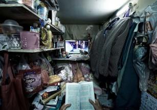 Около 200 тысяч жителей Гонконга обитают в домах-контейнерах