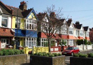 Для семейной жизни британцы выбирают предместья Лондона