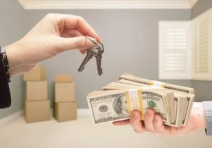 При адекватной цене на свою «вторичку» продавец может рассчитывать сделку с премией