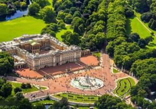 Букингемский дворец предлагают сделать общежитием
