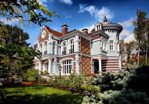 Почти две трети коттеджей из ТОП-100 высокобюджетных загородных домов находятся на Рублевке