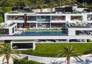 Супер-имение в Городе Ангелов предлагают со стомиллионной скидкой