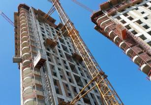 На начальной стадии строительства находится почти две трети премиальных новостроек