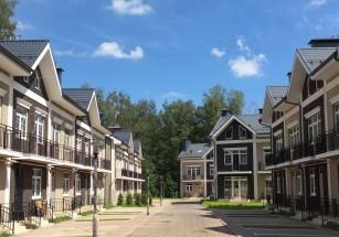 Объем предложения на загородной «первичке» насчитывает почти 55 тыс. лотов