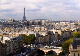 В Париже резко подскочил спрос на жилые объекты