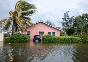 Airbnb предлагает помощь жертвам урагана «Дориан»