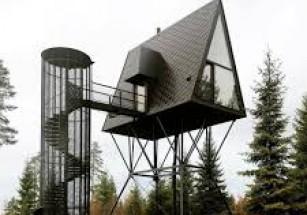 В Норвегии туристов селят в домах на дереве