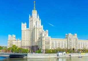 В сталинских высотках насчитывается четыре десятка арендных лотов