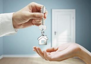 Почти каждый шестой студент-арендатор проживает в отдельной квартире